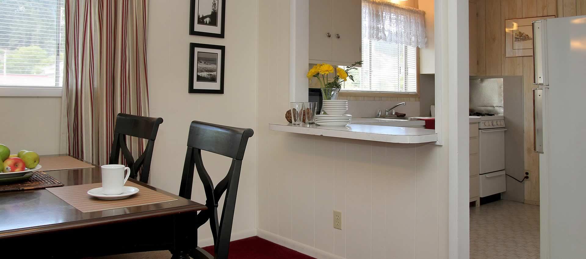 Guthrie Creek Family Suite kitchen
