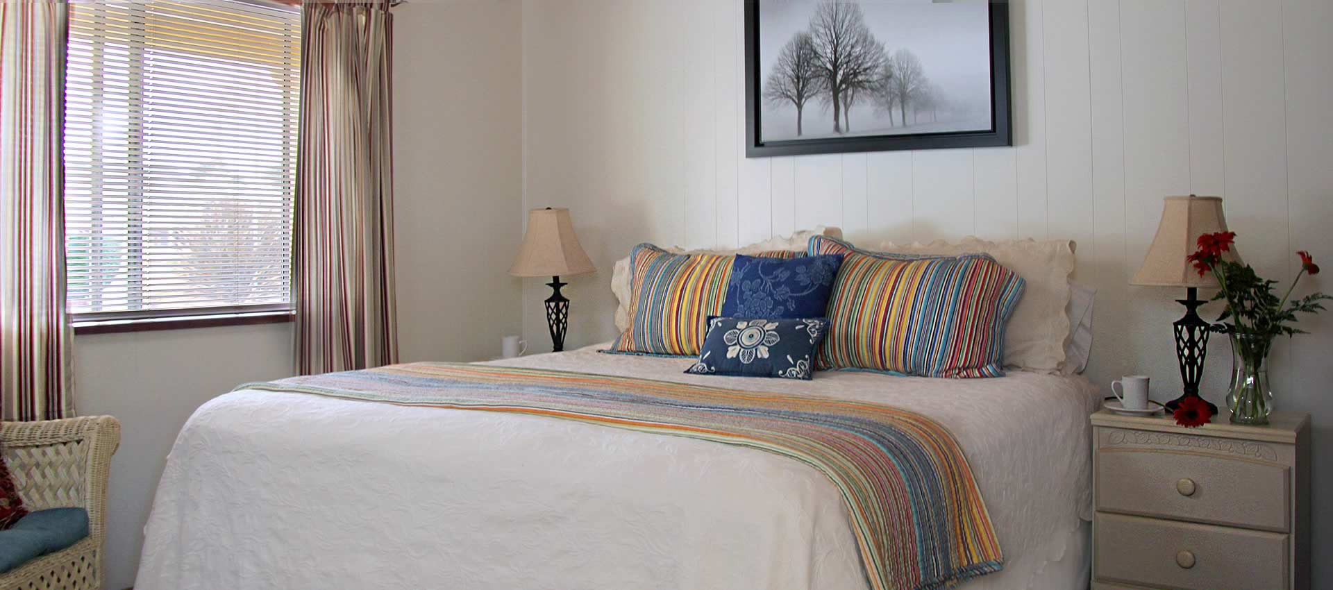 Williams Creek Family Suite king bed