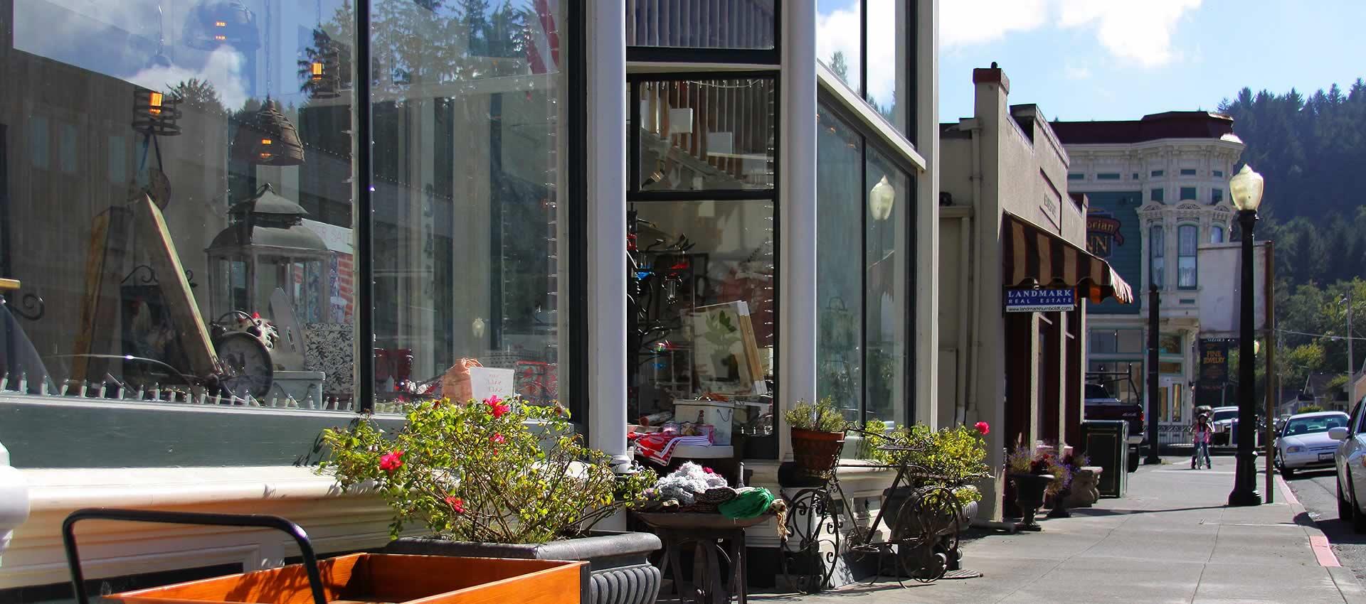 redwood-suites-ocean-stores