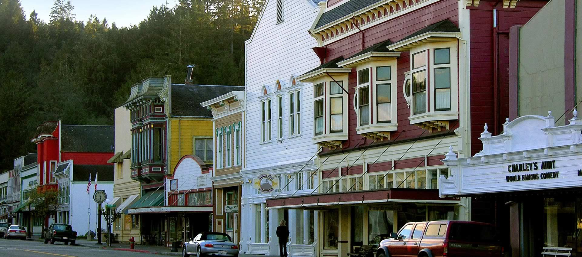 redwood-suites-town